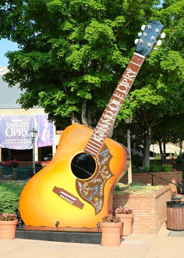 Gitarr på den storslagna Ole Opry arkivbild