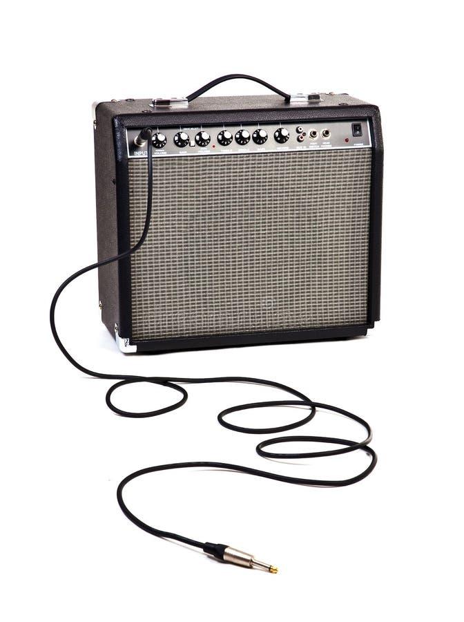 Gitarre Ampere lizenzfreie stockfotografie