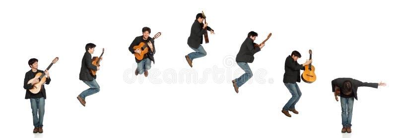 Gitarren-Spieler-springende Reihenfolge lizenzfreies stockfoto
