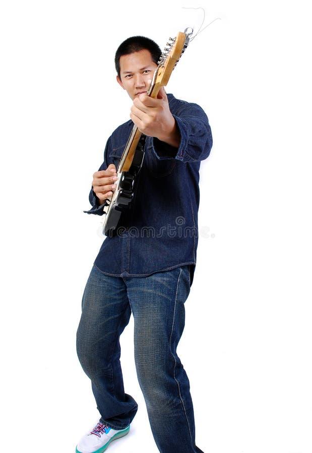 Gitarrenspieler lizenzfreie stockfotos