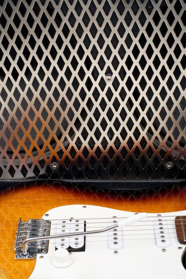 Gitarrenverstärker und electricguitar stockbild