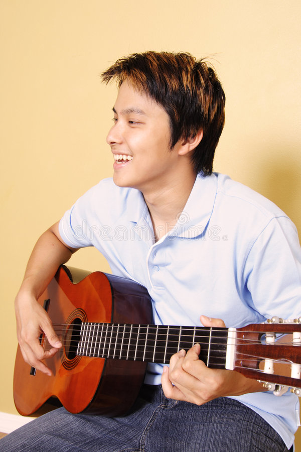 gitarrspelare royaltyfri foto