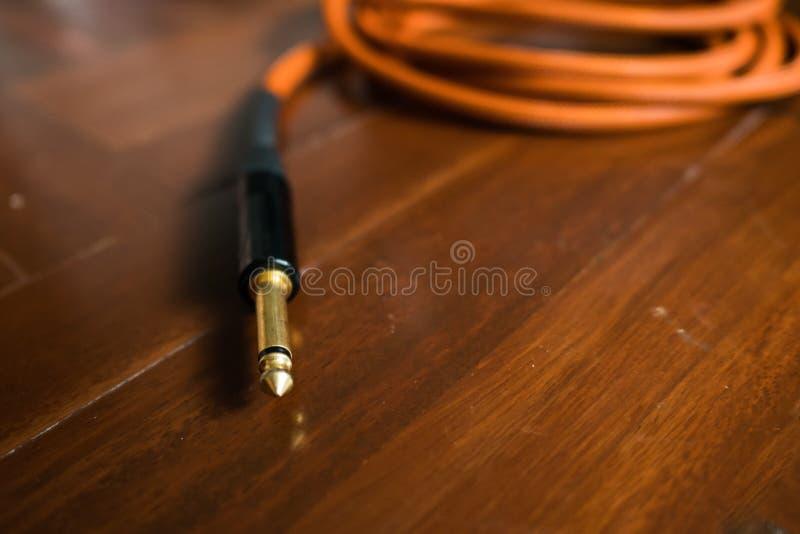 Gitary audio dźwigarka z kablem zdjęcie stock