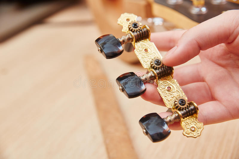 Gitary smyczkowy tensioner obraz stock