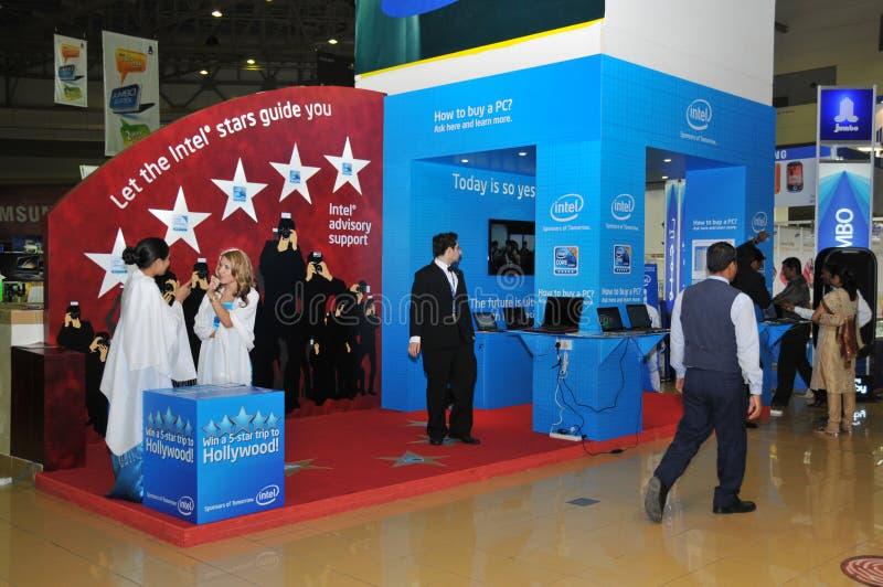 GITEX 2009 - Intel-Hilfenmitte lizenzfreie stockfotografie
