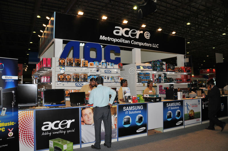 Download GITEX Shopper 2009 - Acer & Samsung Dealer Editorial Stock Image - Image: 11465829