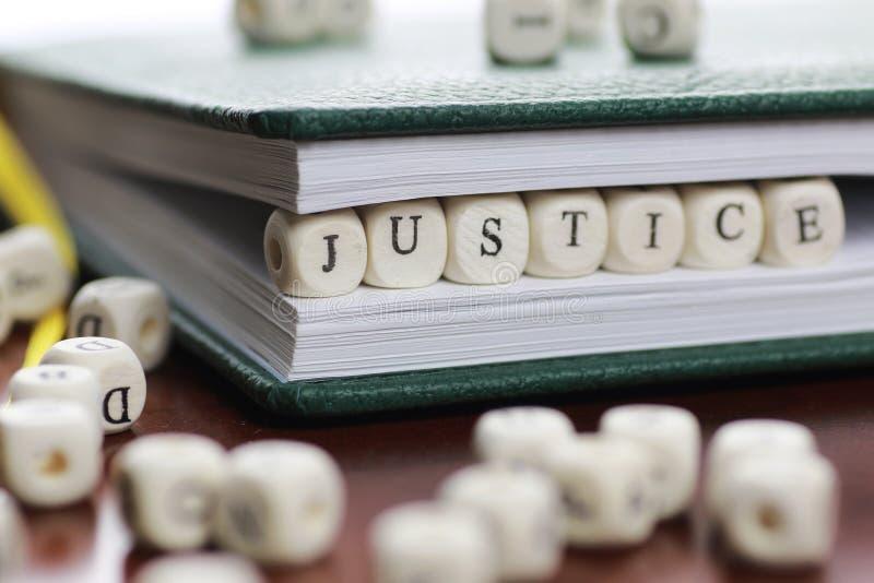 Giudice di legge del testo del cubo immagini stock libere da diritti