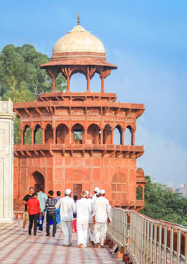21 GIUGNO 2018, AGRA - L'INDIA Visita Taj Mahal della gente Sito del patrimonio mondiale dell'Unesco, Agra, Uttar Pradesh, India, fotografia stock