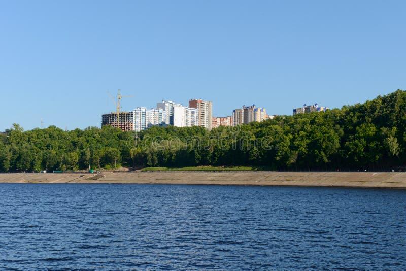 17 giugno 2018: Foto dell'argine del fiume Volga fotografia stock