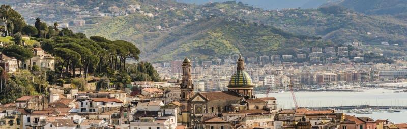 Giumenta del sul di Vietri - una città della costa di Amalfi fotografie stock libere da diritti