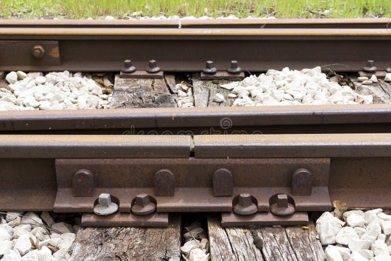 Giunto arrugginito della ferrovia immagini stock