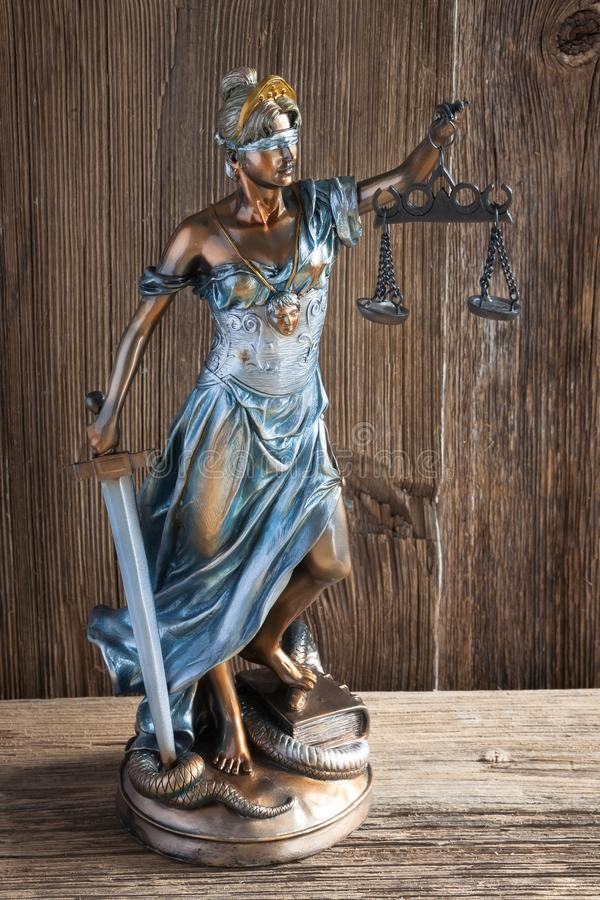Giustizia e manette immagini stock