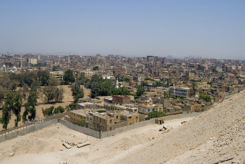 Giza delante de la pirámide de Cheops imagenes de archivo