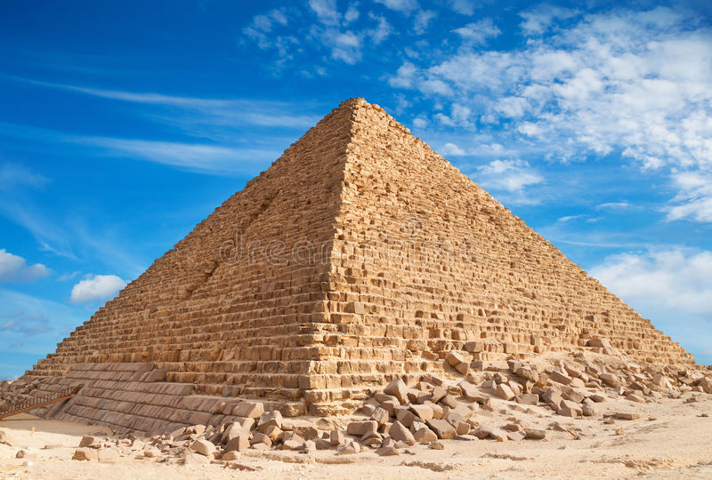 giza pyramid royaltyfria bilder