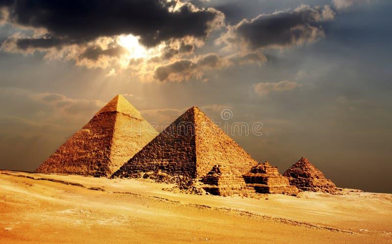 Giza pyramider, cairo, Egypten arkivbild