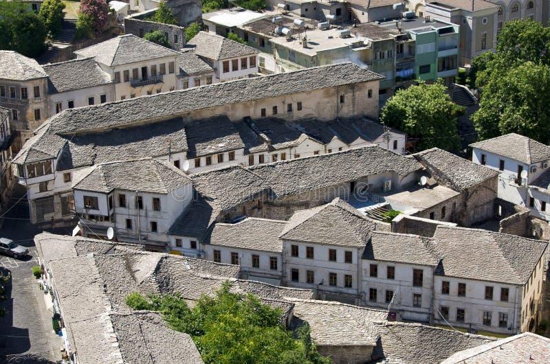 Gjirokaster - ciudad de los tejados de plata, Albania fotografía de archivo libre de regalías