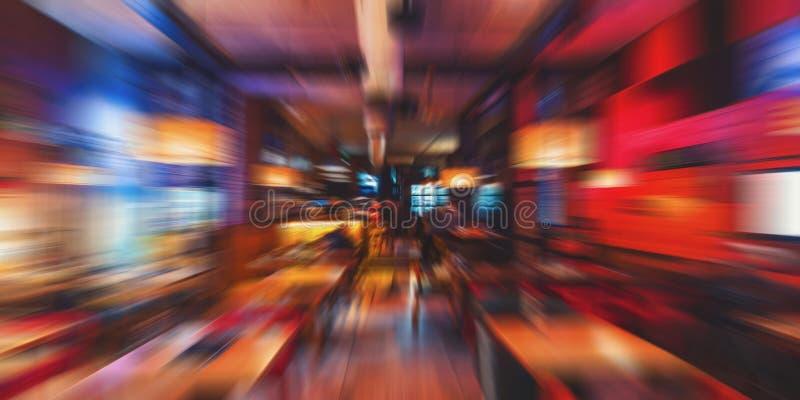 Gjord suddig nattetid för kaférestaurangbakgrund modern kaffesho royaltyfri foto