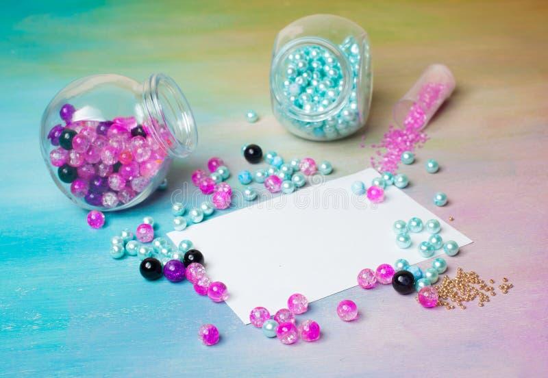 Gjorda smyckenhjälpmedel och artiklar royaltyfria foton
