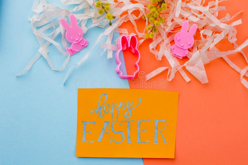Glückliches Ostern-Konzept, Draufsicht stockfotos