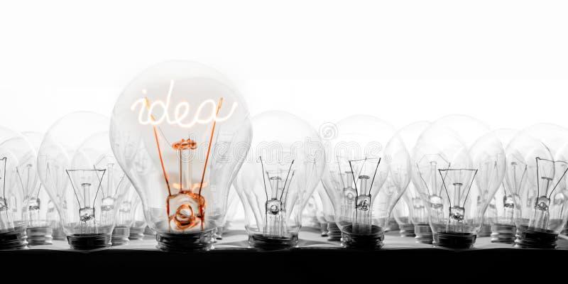 Glühlampekonzept lizenzfreie abbildung