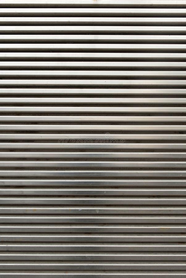 Glänzende Chrome-Grill-Wand lizenzfreie stockfotos