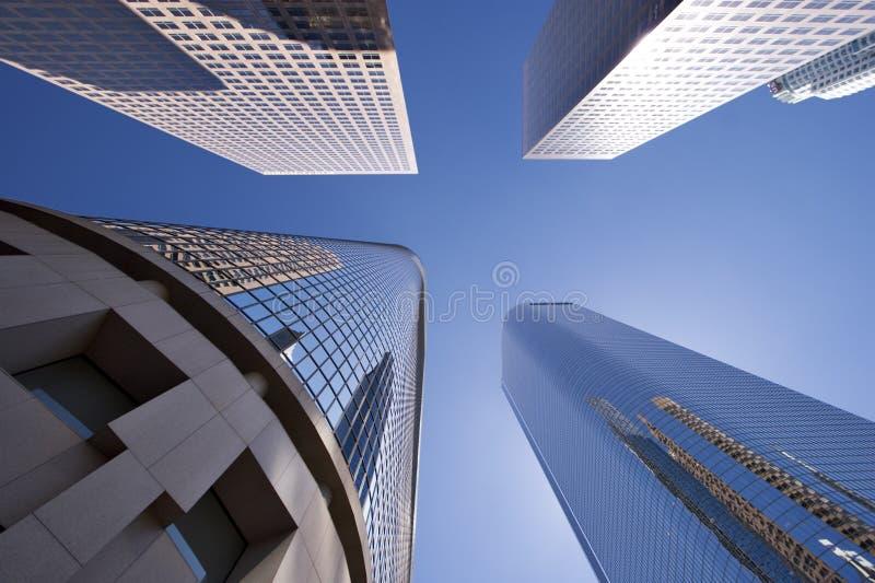 Glänzende Wolkenkratzer stockfotos