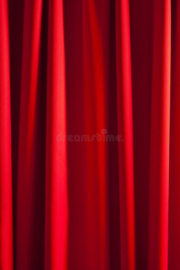 Glänzender roter Seidenvorhanghintergrund lizenzfreies stockbild