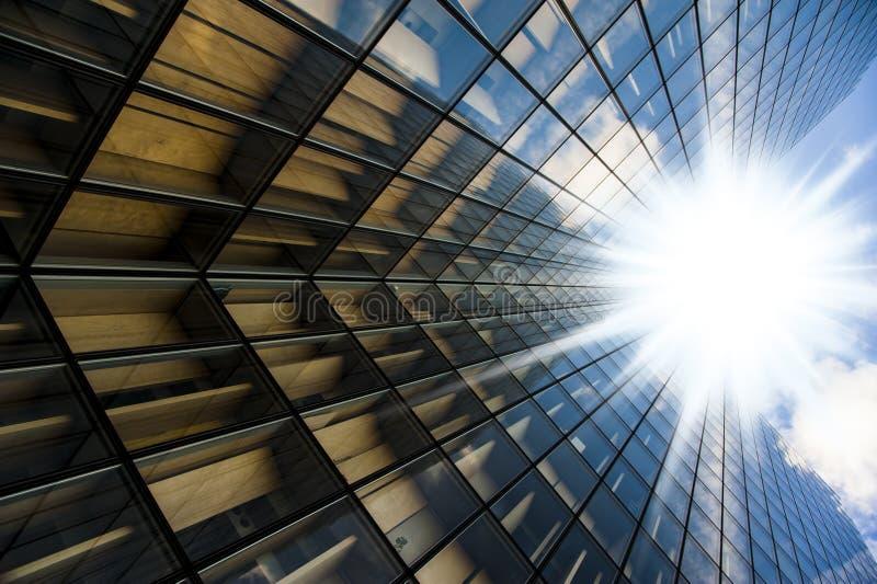 Gläser des Wolkenkratzers stockbild