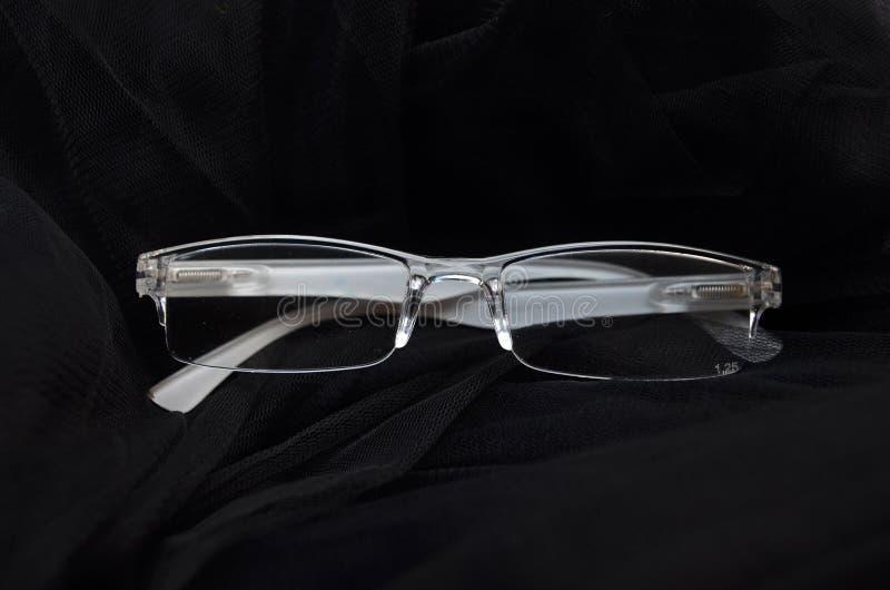 Gläser sind transparentes transparentes Weiß stockfoto