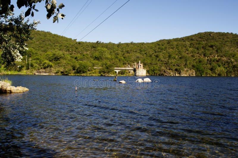 Glättung von Ruhe auf dem See-La Quintana lizenzfreies stockbild