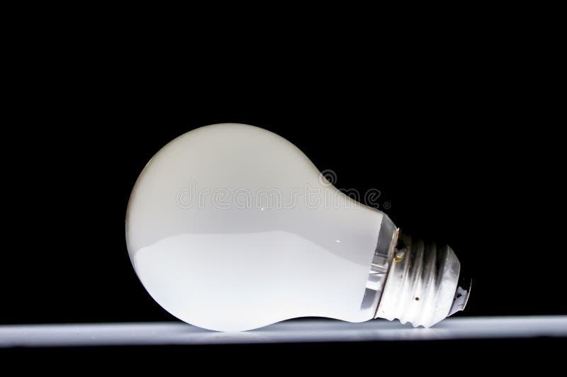 Glödande ljus kula fotografering för bildbyråer