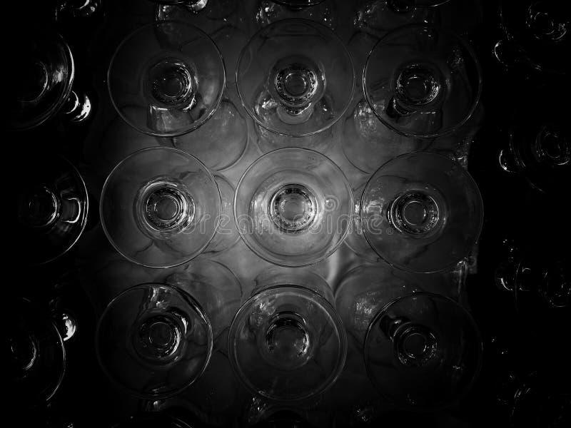 Glödande modell för vinexponeringsglas Svartvitt, så kontrast och kornigt arkivbilder