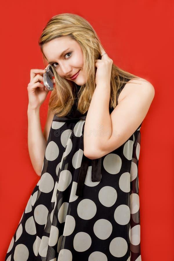 Download Glückliche Blondine Mit Telefon Stockbild - Bild von kreise, haar: 9099519