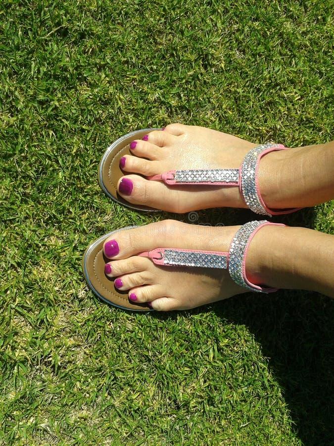 Glückliche Füße pedi stockfotos