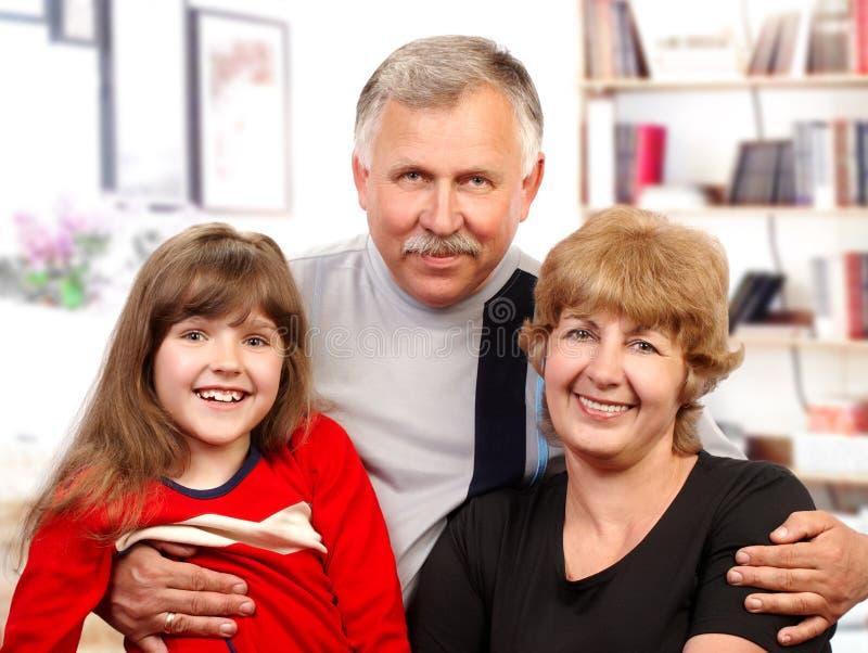 Glückliche Familie. stockfotografie