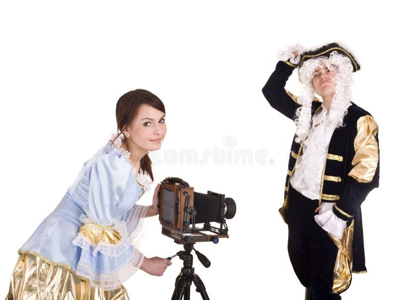 Glückliche Familie des Fotografeintragfadens. stockbilder