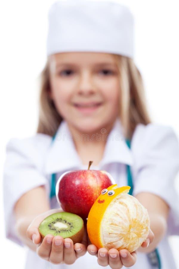 Glückliche Früchte für ein gesundes Leben stockfotos