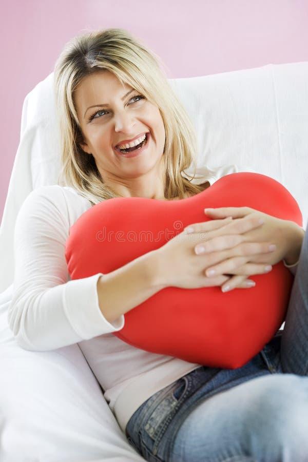 Glückliche Frau in der Liebe stockfotografie