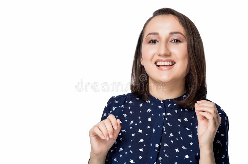 Glückliche frohe Frau auf weißem Hintergrund Positive Gefühle, ausdrucksvolle Gesichtsfunktionen stockbilder