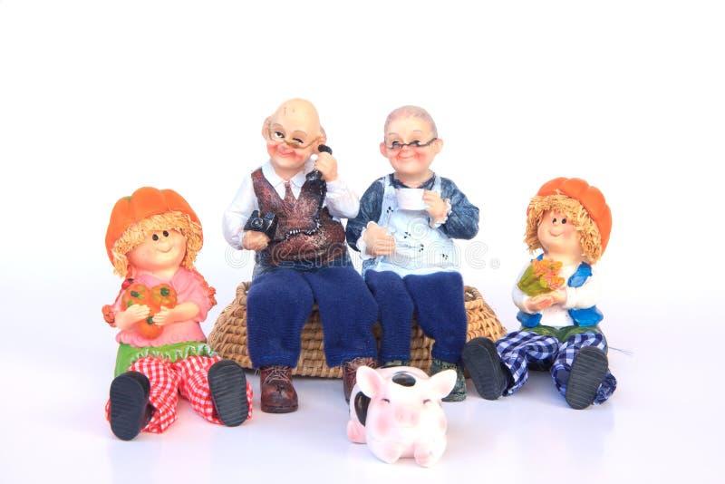 Glückliche Großeltern und Enkelkinder - draußen - Archivbild lizenzfreie stockfotografie