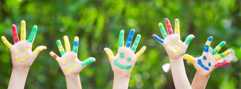 Glückliche Hände stockfotografie