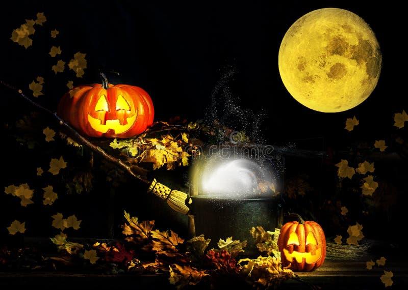 Glückliche Halloween-Jack-O-Laternen-Vollmond lizenzfreie stockfotos