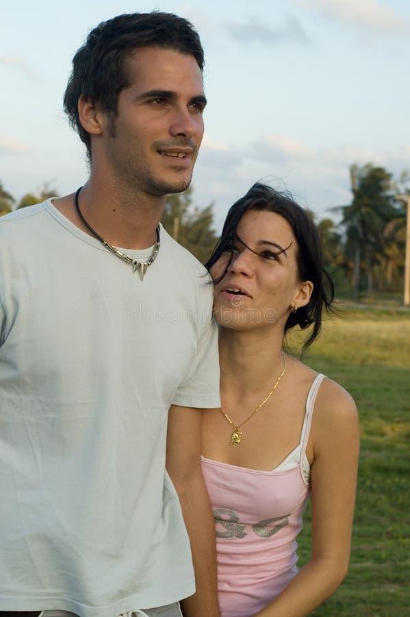 Glückliche jugendlich Paare stockfoto