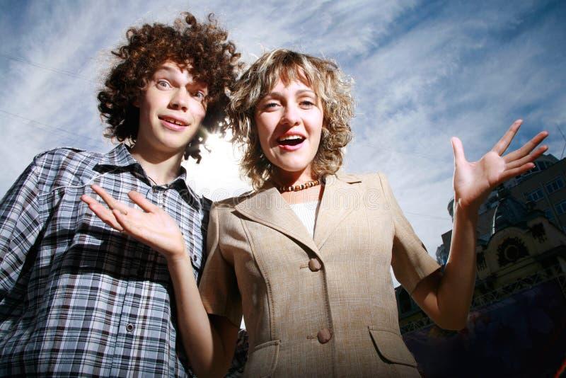 Glückliche Junge Paare Kostenlose Stockfotos