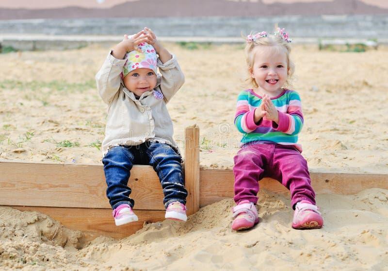 Glückliche Kindheit stockfotos