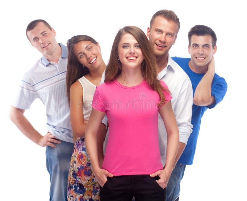 Glückliche lächelnde Gruppe Freunde stockfoto
