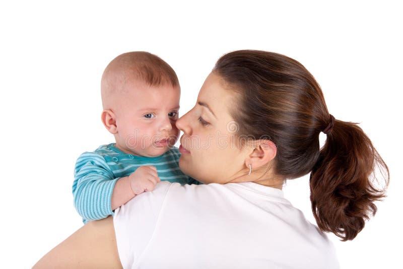 Glückliche Mama mit Kind lizenzfreie stockfotografie