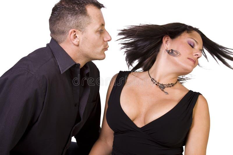Glückliche Paare, die oben - weißen Hintergrund stehen stockfoto