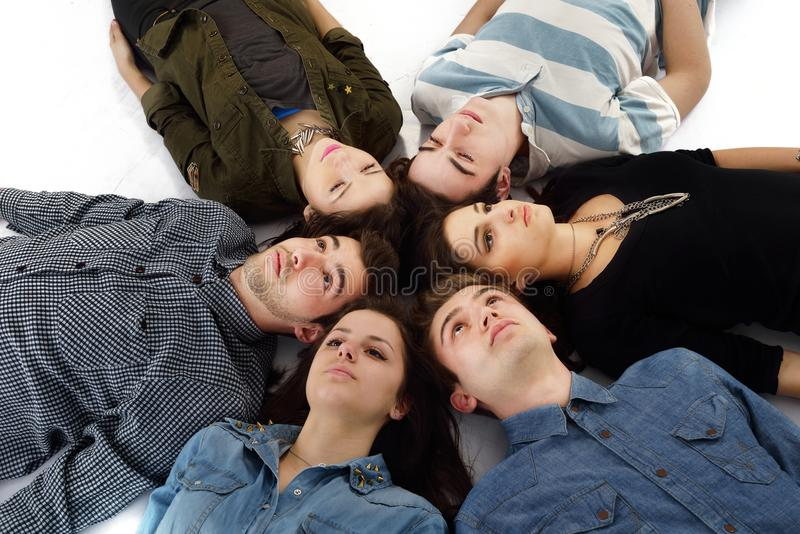 Glückliche Teenagergruppe stockfoto