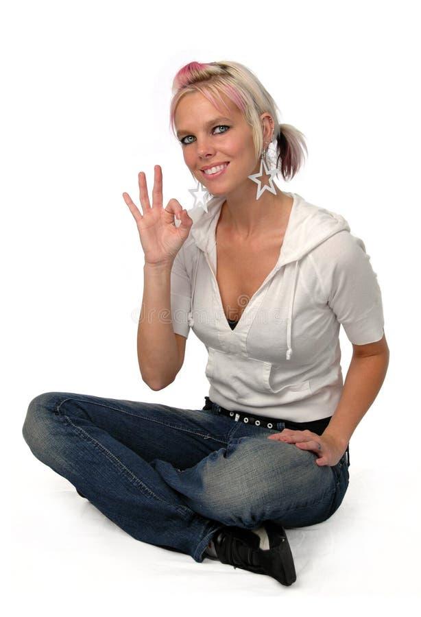 Glückliche Ypung Frau lizenzfreie stockfotos